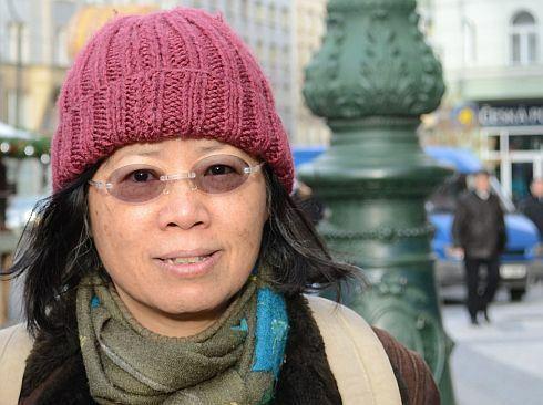 Víc než sto hodin týdně pracuje čínský dělník. I kvůli vašim Vánocům