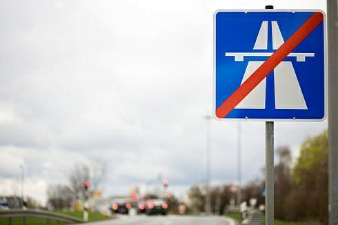 """Dálnice bychom si měli platit """"městskou známkou"""", ne tou dálniční"""