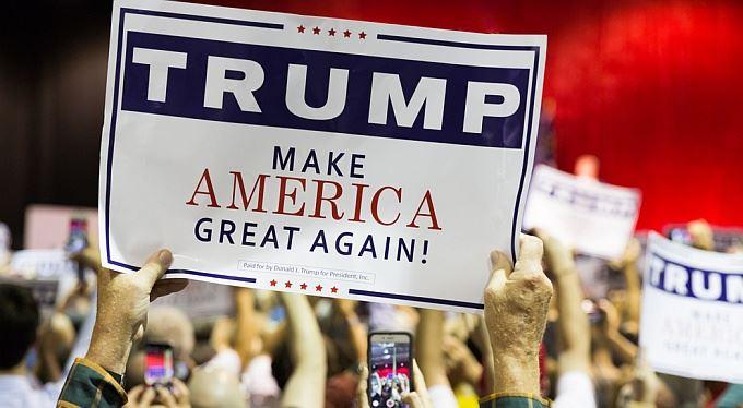 Proč má Trump úspěch