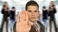 Pojišťovna Chartis klientovi zadržuje půl milionu! Místo plnění bruslí mezi výlukami