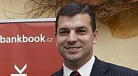 Petr Kursa: Bankovní služby? Pořád jezdíme ve stodvacítce