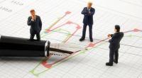 Co naznačuje analýza aktuálního ocenění akciových a dluhopisových trhů?