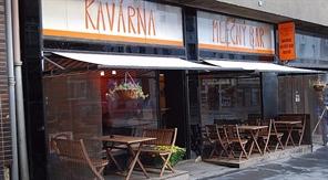 Kavárník: Starosti s novou byrokracií a EET nám snížení DPH nevynahradí