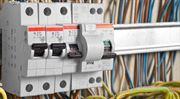 Vyplatí se zafixovat si cenu elektřiny? Pro a proti