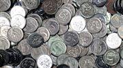 Česká spořitelna mění tisícům klientů účet za levnější. Jinde by ale ušetřili víc