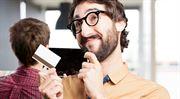 Přirážku za platbu kartou už vám obchodník nenaúčtuje. Plaťte kartou víc, ať je vás líp vidět!