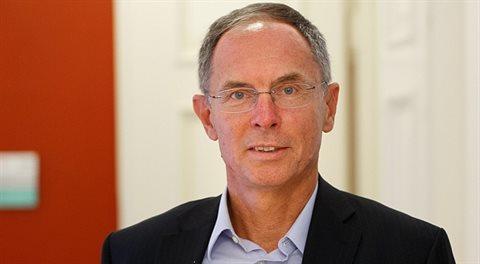 Jan Švejnar: Čekal bych, že pětadvacet let po revoluci budeme mnohem dál