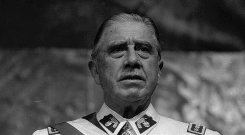 Augusto Pinochet: Padouch, nebo hrdina?