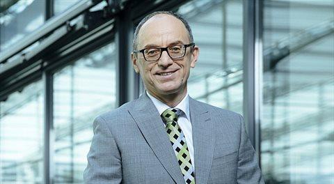 Vlastimil Nigrin: Nový zákon o půjčkách zřejmě zdraží hypotéky. Všem!