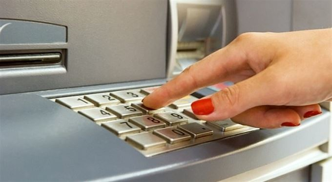 Jednodušší PIN ke kartě nabídne poslední velká banka