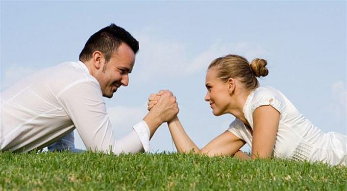 Změny v životním pojištění. O kolik zdraží ženám? Jak moc bude levnější pro pány?