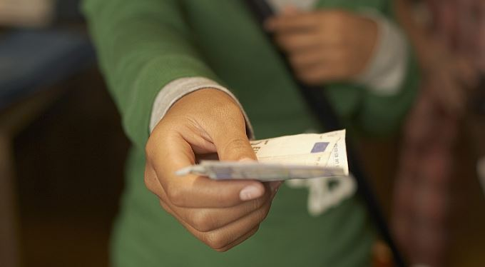 Nové banky na lovu klientů. Návnada: levné půjčky