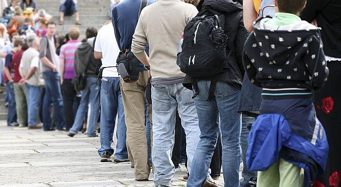 Sociální dávky v ohrožení? Systém na jejich výplatu se bude zase měnit
