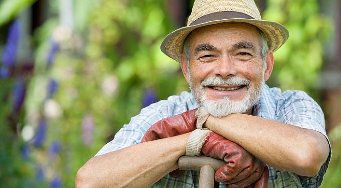 Penzista jde do práce: zaměstnání, přivýdělek a podnikání v důchodu