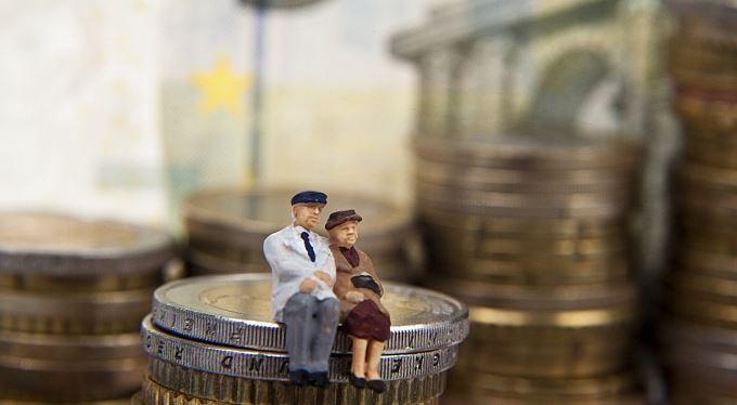 Jak přežít (v) zaměstnání: Práce v EU, důchody a sociální zabezpečení
