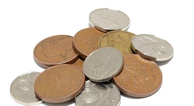 Zvýšíme důchody mimořádně o 205 korun, souhlasí vláda
