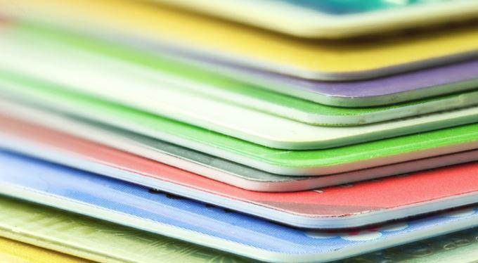 Pět dobrých rad: Jak přechytračit banku a vydělat na kreditní kartě