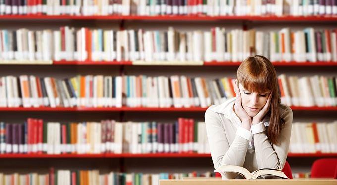 Cestou na vysokou školu: Prozkoumejte studijní plány!