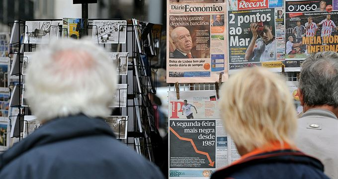Zastaví centrální banky propad?