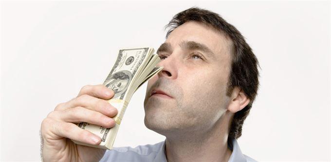 Vulgární keynesianismus a vůně peněz