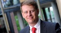 Tomáš Prouza: Má stát regulovat bankovní poplatky?