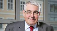 Snížení ratingu může Česko ročně připravit o pět i o dvacet miliard korun