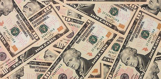 Komu dluží Amerika?