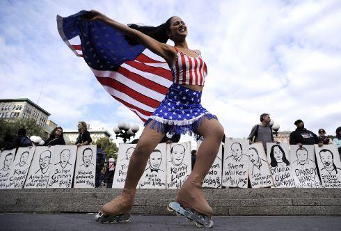 Žluťácká demonstrace na Manhattanu