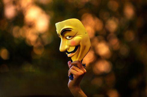 V jako Vendeta je i po letech komiksem pro lidi, co nevypínají zprávy