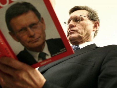 Leszek Balcerowicz: Peníze kryté zlatem? Začít musejí Američané!