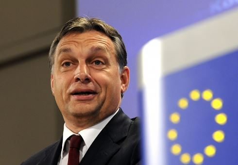 Nebezpečný Orbán se postavil do čela unie. Co nás čeká?