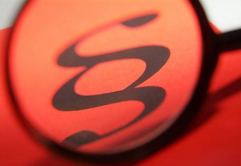 Rozhodčí doložky: Jak zbavit spotřebitele práv?