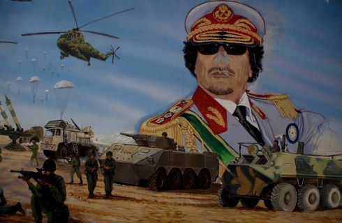 Konec Kaddáfího: Západ se učí šetřit. I na válce