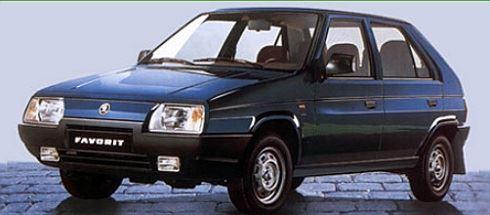 """Tunit rezavého favorita, nebo koupit nové auto? """"Reformní"""" vlády roky zkoušejí to první"""