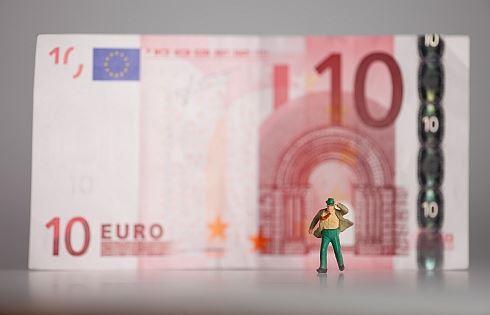 Anketa: Euro v ohrožení?