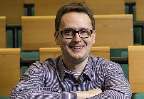 Petr Houdek: Tisíc vzdělaných spotřebitelů je lepší než tři regulátoři