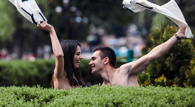 Pozitivní zprávy: Nudismus dokáže pohnout zemí