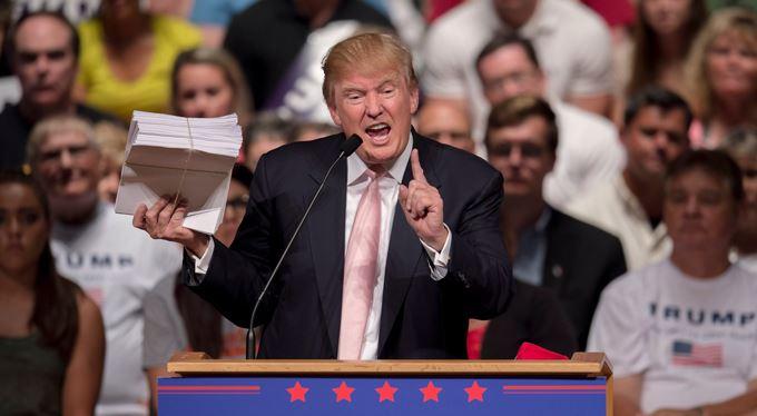 Vítejte ve volební reality show Donalda Trumpa!