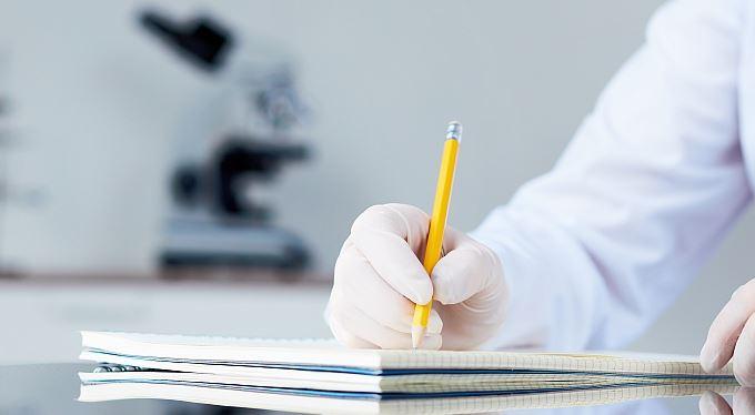 Vědci píšou osobám