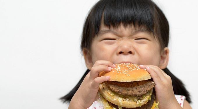 Otesánek ztrácí apetýt. Co se to v té Číně děje?