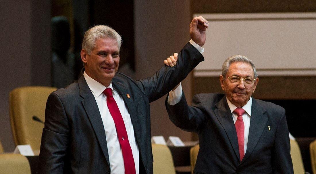 Kuba (skoro) bez Castrů: perestrojka sí. Mañana