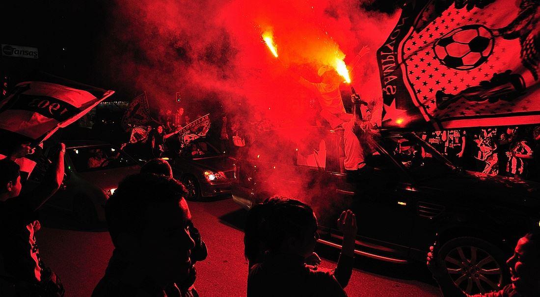 Fotbal potřebuje víc anarchie a míň peněz