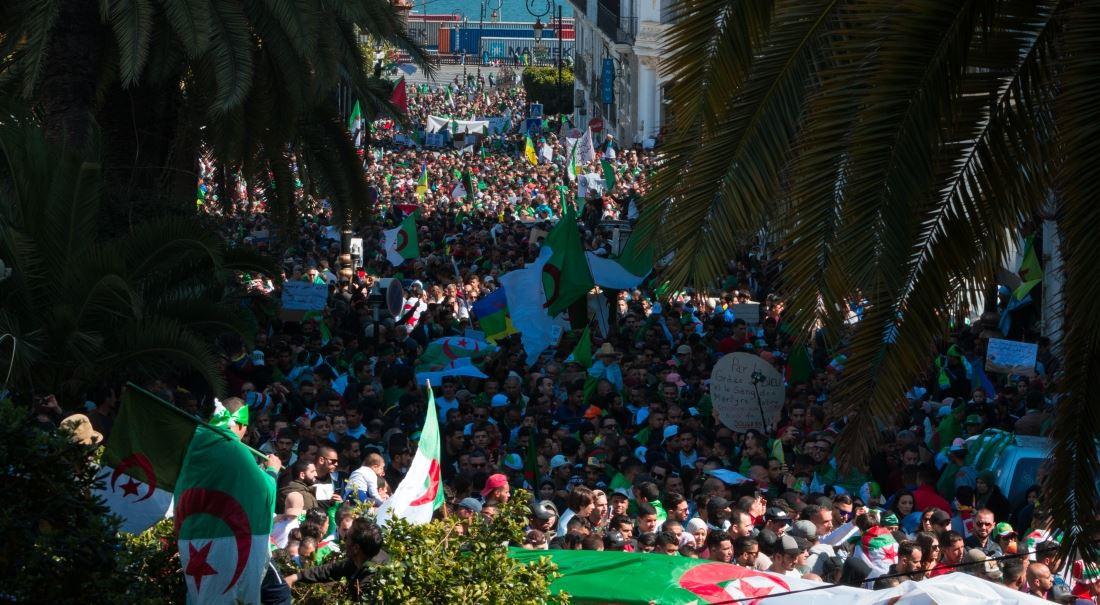 Alžírsko. Petrostát hledá nový model