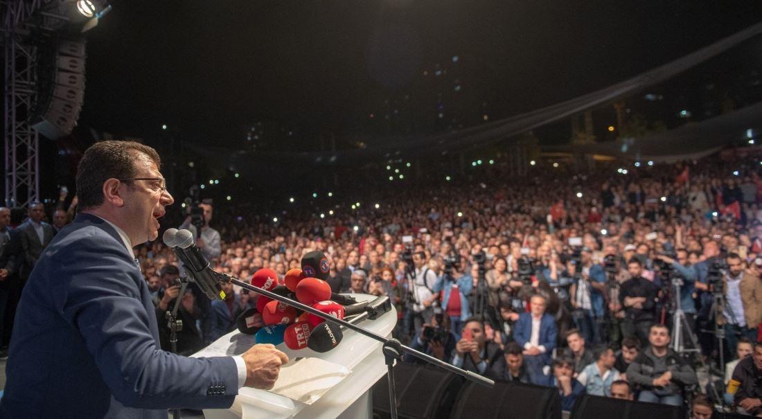Zrušte volby, vyhrát měl ten druhý. Erdoğanův reparát.