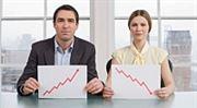 Analýza: Ceny amerických akcií klesají i přes rekordní zisky