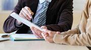 Počet finančních poradců klesl za pět let o dvě třetiny