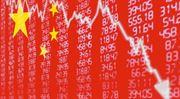 Asijské trhy padají, zlato překonalo hranici 1500 dolarů