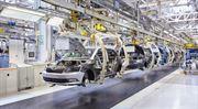 Růst české ekonomiky zpomaluje. Nedaří se průmyslu