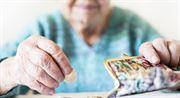 Příspěvek 5000 Kč k důchodu. Ani rouškovné, ani zdražení