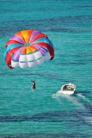Rizikové sporty umí u cestovního pojištění připojistit připojistit jen některé pojišťovny.